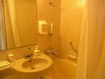 いわきワシントンホテル椿山荘客室内バスルーム.JPG