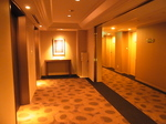 ホテルクレメント徳島エレベーターホール.JPG