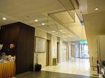 四日市シティホテルのフロントロビー.JPG