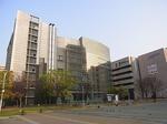 四日市市立博物館外観1.JPG