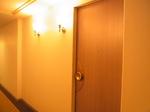 四日市都ホテル客室ドア.JPG