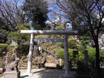 鳩森八幡神社富士塚入口の鳥居.JPG